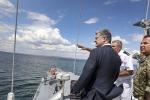 Морской бой: Порошенко отдал приказ захватить украинский Керченский пролив.