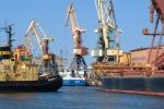 «Шпроты догавкались»: Крупнейший порт Латвии Вентспилс прекращает работу.